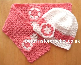 Free Crochet Patterns Hats Scarves : Free crochet pattern girls hat & scarf set UK